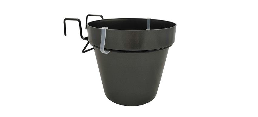Arredare casa con i vasi in plastica Hangpot - Pierucci Agricoltura